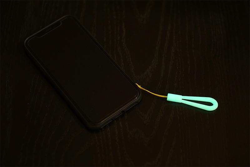 スマートフォン対応 シリコンストラップ フィンガーサイズ 蓄光タイプ RBST036